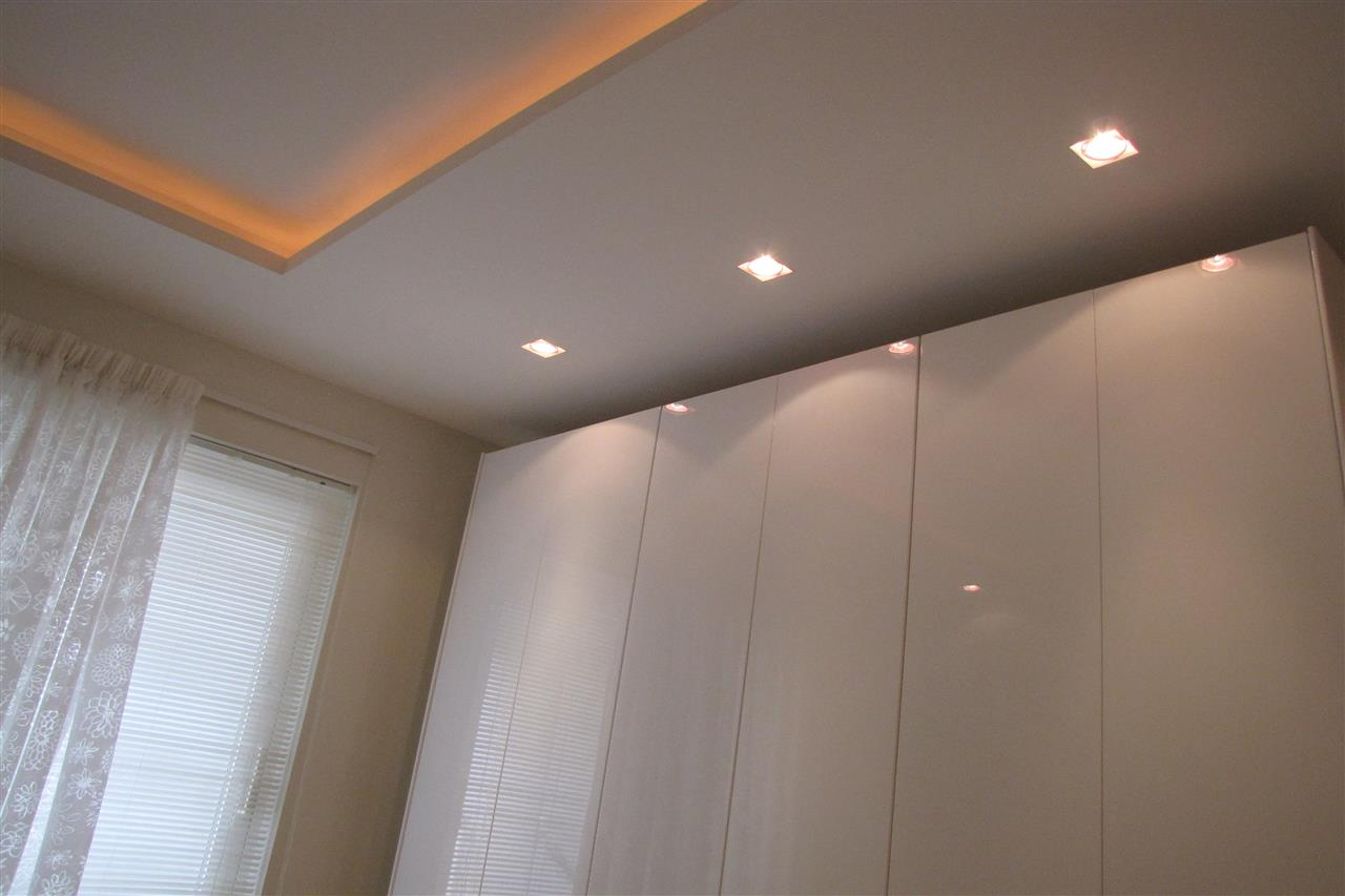 Lighting in main bedroom