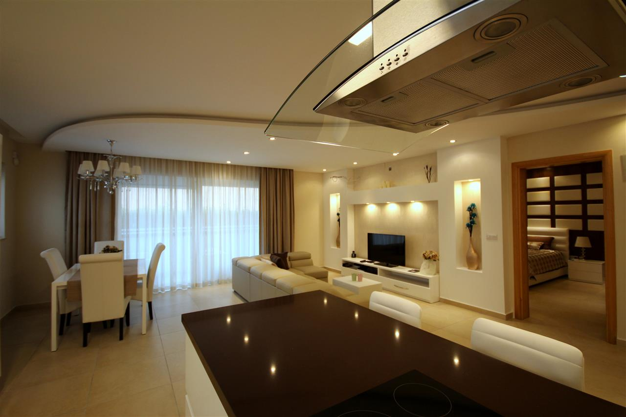 Large spacious living area - Luxury living