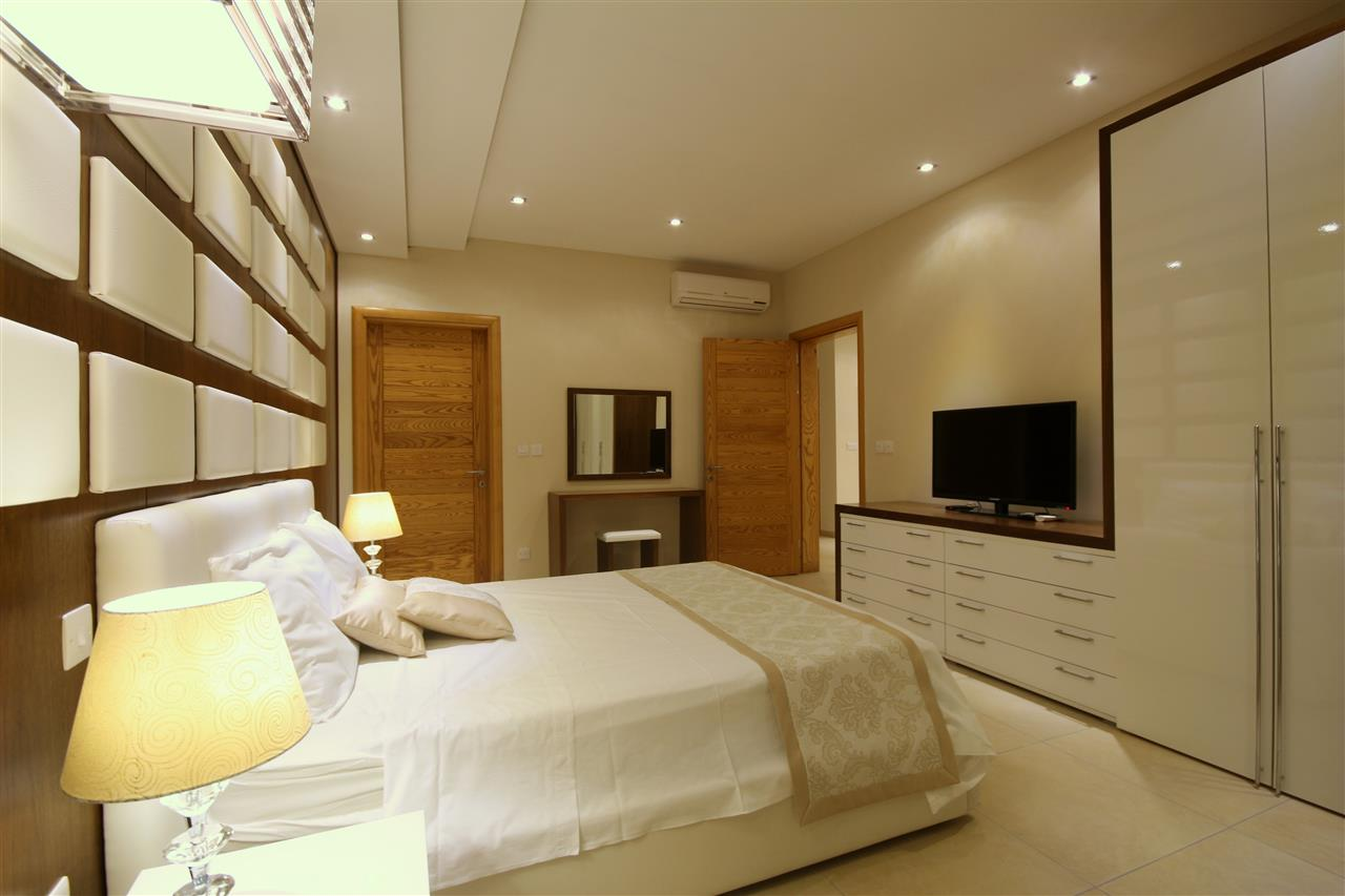 Luxurious and spacious main double bedroom